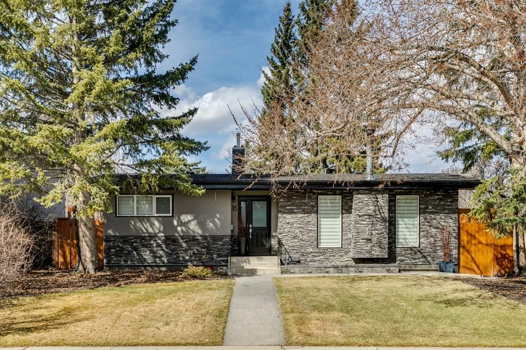 Main Photo: 16 Harley Road SW in Calgary: Haysboro Detached for sale : MLS®# A1092944