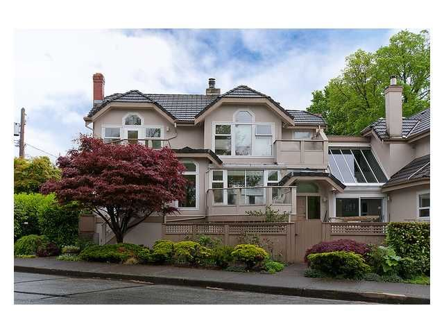 Main Photo: 1158 ARBUTUS Street in Vancouver: Kitsilano Townhouse for sale (Vancouver West)  : MLS®# V1007596