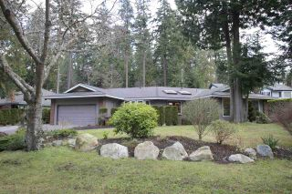 Photo 2: 13228 17A Avenue in Surrey: Elgin Chantrell House for sale (South Surrey White Rock)  : MLS®# R2025266