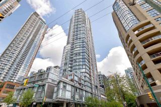 """Photo 3: 1505 1283 HOWE Street in Vancouver: Downtown VW Condo for sale in """"TATE"""" (Vancouver West)  : MLS®# R2592003"""