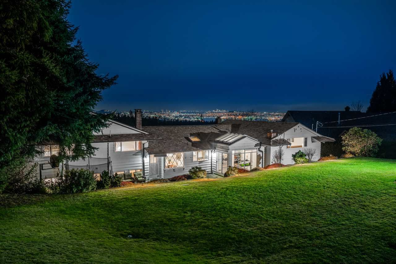 Main Photo: 685 KING GEORGES Way in West Vancouver: British Properties House for sale : MLS®# R2547586