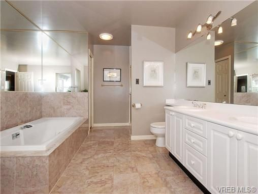 Photo 10: Photos: 244 King George Terrace in VICTORIA: OB Gonzales Residential for sale (Oak Bay)  : MLS®# 328404
