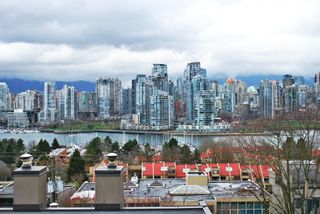Photo 3: B5 1070 W 7TH Avenue in Vancouver: Fairview VW Townhouse for sale (Vancouver West)  : MLS®# R2044008