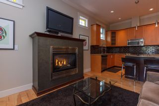 Photo 7: 2 209 Superior St in : Vi James Bay Row/Townhouse for sale (Victoria)  : MLS®# 869310
