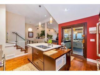 "Photo 11: 15348 VICTORIA Avenue: White Rock House for sale in ""White Rock"" (South Surrey White Rock)  : MLS®# R2579502"