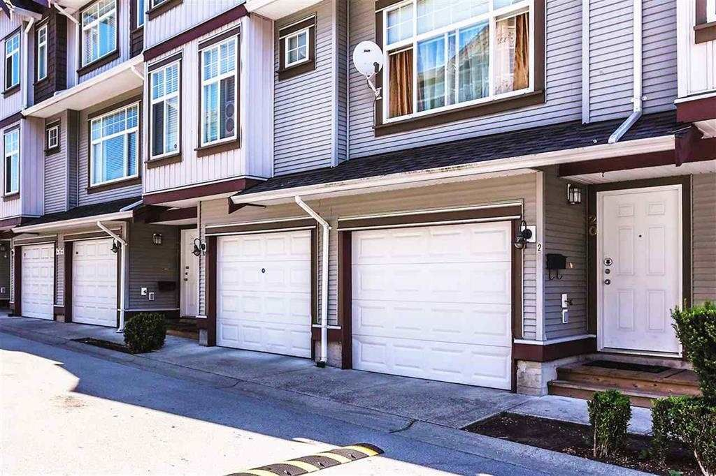 """Main Photo: 20 12585 72 Avenue in Surrey: West Newton Townhouse for sale in """"Kwantlen Viilage"""" : MLS®# R2152665"""