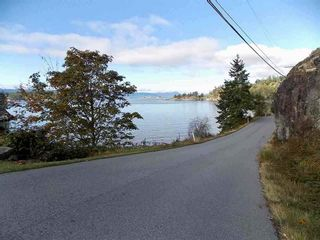 Photo 2: LOT 105 JOHNSTON HEIGHTS ROAD in Sunshine Coast: Home for sale : MLS®# R2244687