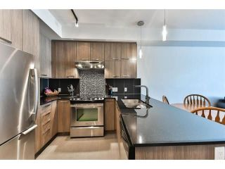 "Photo 2: 221 15956 86A Avenue in Surrey: Fleetwood Tynehead Condo for sale in ""Ascend"" : MLS®# R2259399"