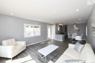 Photo 9: 16 1240 Wilkinson Rd in : CV Comox Peninsula Manufactured Home for sale (Comox Valley)  : MLS®# 881930