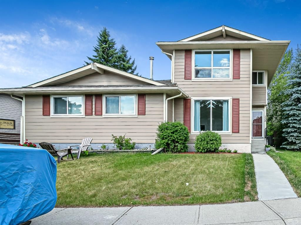 Main Photo: 224 Summerwood Place SE: Airdrie Semi Detached for sale : MLS®# A1127033