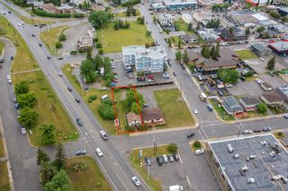 Photo 2: 212 Third Avenue W: Cochrane Mixed Use for sale : MLS®# A1130877