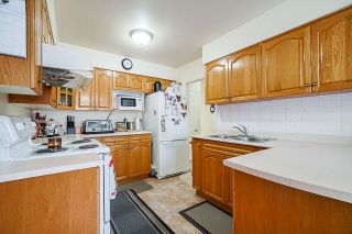 Photo 8: 1725 E 60TH Avenue in Vancouver: Fraserview VE House for sale (Vancouver East)  : MLS®# R2529147