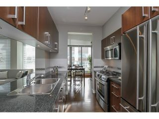 "Photo 5: PH2 587 W 7TH Avenue in Vancouver: Fairview VW Condo for sale in ""AFFINITI"" (Vancouver West)  : MLS®# V1049007"