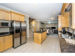 Photo 9: 16657 63B AVENUE in Surrey: Cloverdale BC House for sale (Cloverdale)  : MLS®# R2243701