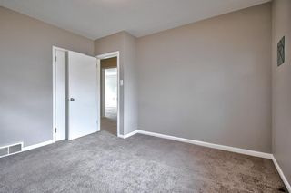 Photo 15: 226 24 Avenue NE in Calgary: Tuxedo Park Detached for sale : MLS®# A1070997