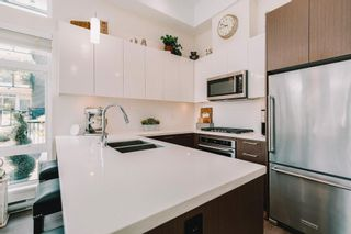 """Photo 10: 105 28 E ROYAL Avenue in New Westminster: Fraserview NW Condo for sale in """"THE ROYAL - VICTORIA HILL"""" : MLS®# R2618462"""