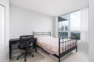 """Photo 10: 2705 5883 BARKER Avenue in Burnaby: Metrotown Condo for sale in """"ALDYNE ON THE PARK"""" (Burnaby South)  : MLS®# R2453440"""