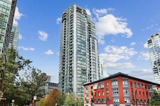 """Main Photo: 2510 1239 W GEORGIA Street in Vancouver: Coal Harbour Condo for sale in """"The Venus"""" (Vancouver West)  : MLS®# R2616996"""