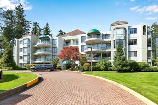 """Photo 1: 103 1745 MARTIN Drive in White Rock: Sunnyside Park Surrey Condo for sale in """"SOUTH WYND"""" (South Surrey White Rock)  : MLS®# R2617912"""