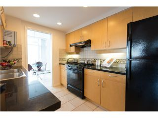 """Photo 11: # 3002 1199 MARINASIDE CR in Vancouver: Yaletown Condo for sale in """"Aquarius Mews"""" (Vancouver West)  : MLS®# V1029094"""