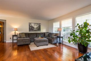 """Photo 5: 2258 MOUNTAIN Drive in Abbotsford: Abbotsford East House for sale in """"Mountain Village"""" : MLS®# R2543392"""