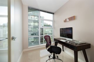 "Photo 10: 802 638 BEACH Crescent in Vancouver: Yaletown Condo for sale in ""ICON"" (Vancouver West)  : MLS®# R2511968"