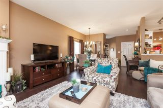 """Photo 11: 12 21579 88B Avenue in Langley: Walnut Grove Townhouse for sale in """"Carriage Park"""" : MLS®# R2439015"""