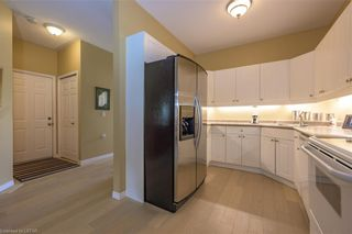 Photo 9: 36 1555 HIGHBURY Avenue in London: East A Residential for sale (East)  : MLS®# 40162340