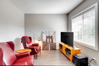 Photo 3: 971 Nolan Hill Boulevard NW in Calgary: Nolan Hill Row/Townhouse for sale : MLS®# A1114155