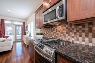 Photo 11: 1906 33 Avenue SW in Calgary: South Calgary Semi Detached for sale : MLS®# A1145035