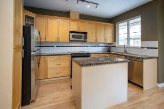 """Photo 13: 15 20449 66 Avenue in Langley: Willoughby Heights Townhouse for sale in """"Nature's Landing"""" : MLS®# R2547952"""