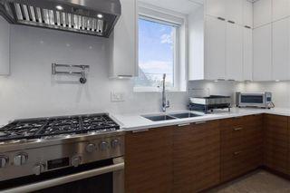 Photo 12: 2620 ADANAC Street in Vancouver: Renfrew VE House for sale (Vancouver East)  : MLS®# R2584945