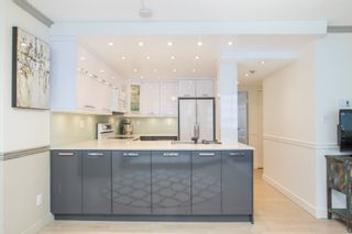 """Photo 4: 702 1270 ROBSON Street in Vancouver: West End VW Condo for sale in """"ROBSON GARDENS"""" (Vancouver West)  : MLS®# R2534930"""