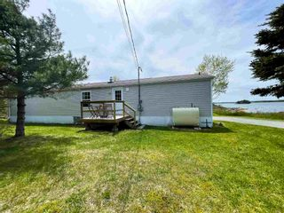 Photo 3: 1898 Ostrea Lake Road in Musquodoboit Harbour: 35-Halifax County East Residential for sale (Halifax-Dartmouth)  : MLS®# 202113845
