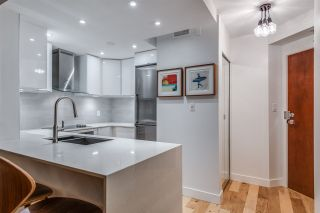 """Photo 13: 1606 1003 PACIFIC Street in Vancouver: West End VW Condo for sale in """"Seastar"""" (Vancouver West)  : MLS®# R2269056"""