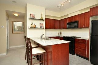 Photo 3: 13 1359 E Rathburn Road in Mississauga: Rathwood Condo for sale : MLS®# W2875628
