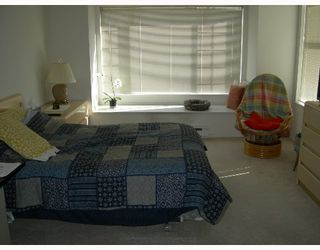 """Photo 5: 304 6820 RUMBLE Street in Burnaby: South Slope Condo for sale in """"GOVERNORS WALK"""" (Burnaby South)  : MLS®# V642206"""