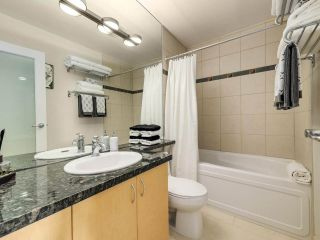 """Photo 20: 2305 1077 MARINASIDE Crescent in Vancouver: Yaletown Condo for sale in """"MARINASIDE RESORT"""" (Vancouver West)  : MLS®# R2544520"""
