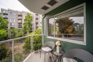 """Photo 25: 301 1510 W 1ST Avenue in Vancouver: False Creek Condo for sale in """"Mariner Walk"""" (Vancouver West)  : MLS®# R2589814"""