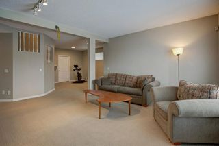 Photo 28: 18 Sienna Park Place SW in Calgary: Signal Hill Residential for sale : MLS®# A1066770