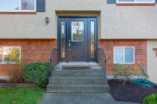 Photo 3: 7238 Early Pl in : CS Brentwood Bay House for sale (Central Saanich)  : MLS®# 863223
