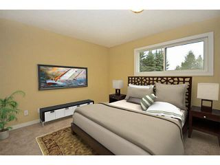 Photo 6: 10 BLACKTHORN Place NE in CALGARY: Thorncliffe Residential Detached Single Family for sale (Calgary)  : MLS®# C3591166