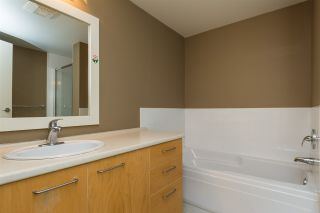 """Photo 12: 44 9339 ALBERTA Road in Richmond: McLennan North Townhouse for sale in """"TRELLAINE"""" : MLS®# R2180710"""