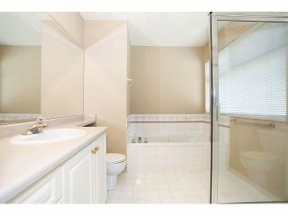 """Photo 13: 1 11952 64TH Avenue in Delta: Sunshine Hills Woods Townhouse for sale in """"Sunwood Place"""" (N. Delta)  : MLS®# F1400942"""