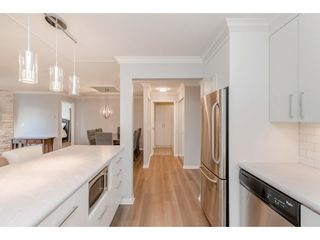 """Photo 12: 307 15150 29A Avenue in Surrey: King George Corridor Condo for sale in """"The Sands 2"""" (South Surrey White Rock)  : MLS®# R2464623"""