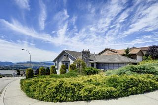 Photo 1: 101 Whistler Place in Vernon: Foothills House for sale (North Okanagan)  : MLS®# 10119054
