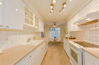 """Photo 9: 202 1144 STRATHAVEN Drive in North Vancouver: Northlands Condo for sale in """"STRATHAVEN"""" : MLS®# R2358086"""