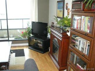 Photo 4: 504 1630 Quadra St in VICTORIA: Vi Central Park Condo for sale (Victoria)  : MLS®# 622826