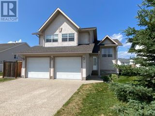 FEATURED LISTING: 14 Patterson Place Whitecourt