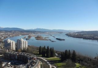 """Photo 1: 2003 11 E ROYAL Avenue in New Westminster: Fraserview NW Condo for sale in """"VICTORIA HILL HIGHRISE RESIDENCES"""" : MLS®# R2045382"""